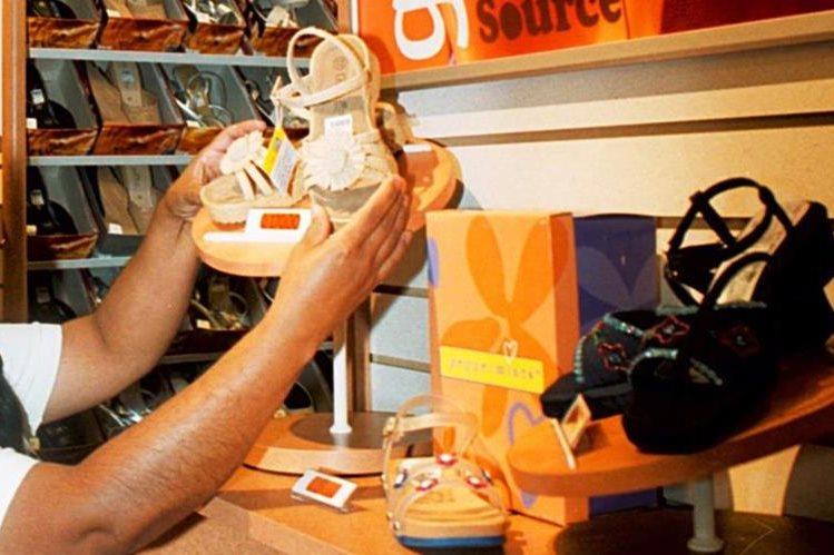 Cadena de zapaterías Payless se declaró en bancarrota en EE.UU. y Canadá. (Foto Prensa Libre: Hemeroteca PL)