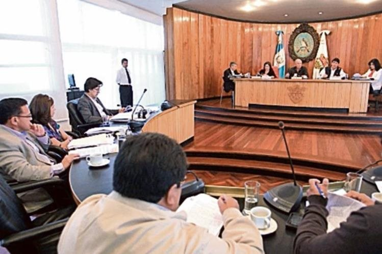 Arzú conquistó por cuarta ocasión consecutiva la silla edil de Guatemala. (Foto Prensa Libre: Hemeroteca PL)