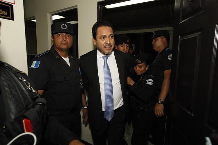 El expresidente del Congreso, Gudy Rivera, permanecerá en prisión preventiva por orden del Juzgado Séptimo Penal. (Foto Prensa Libre: Hemeroteca)