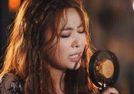 La cantante surcoreana JeA protagoniza una de las versiones más sentimentales de Despacito. MÚSICA DE ARRANQUE