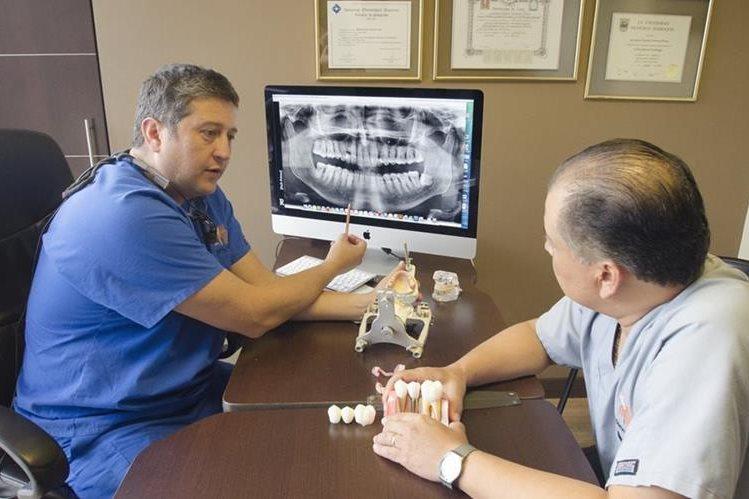 El código de certificación internacional de la clínica es 111955 (Foto Prensa Libre: Dental Desing)