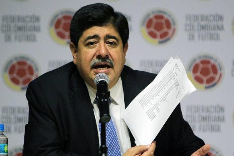 Luis Bedoya, también tenía varias denuncias luego de conocerse el escándalo Fifa. (Foto Prensa Libre: mifutbolecuador.wordpress.com)