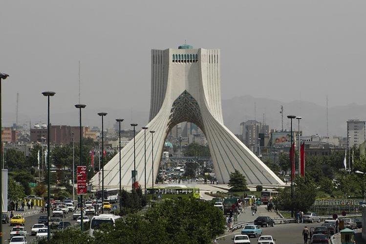 La torre de Freedom en la ciudad de Teherán, Irán.