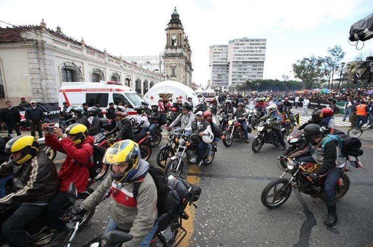 Postales de la Caravana del Zorro 2018. (Foto Prensa Libre: Paulo Raquec)