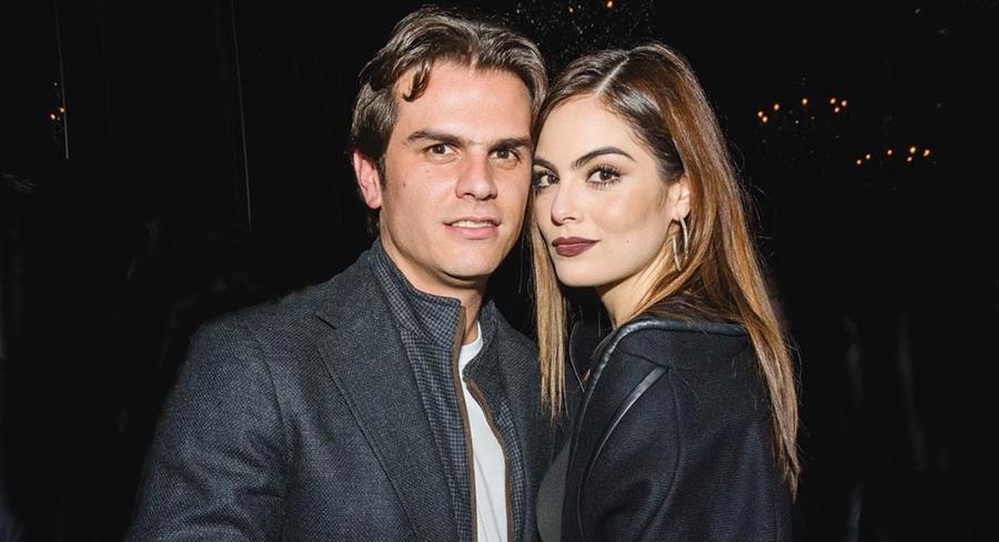 El 1 de abril la Miss Universo 2010 se casó con Juan Carlos Valladares.