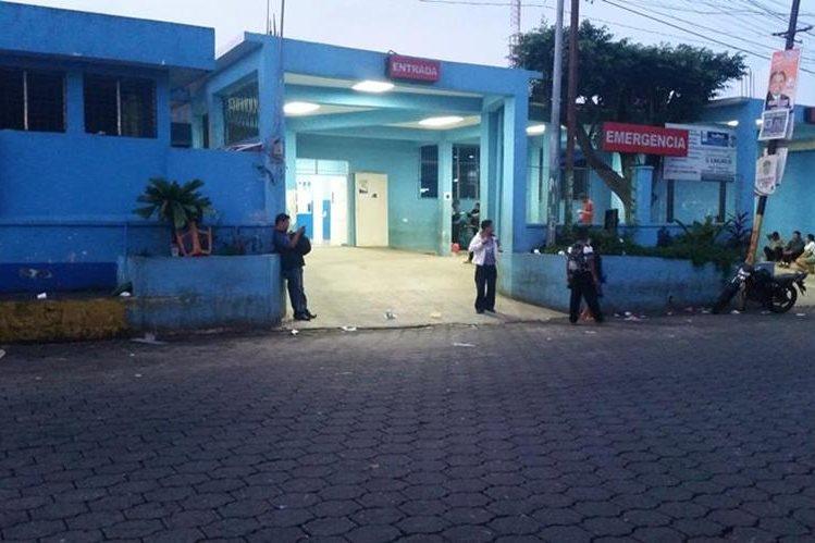 Hospital Regional de Coatepeque a donde fue trasladado Jairo Andrés Barrios. (Foto Prensa Libre: Alexánder Coyoy)