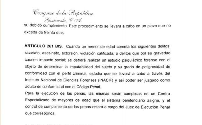 Contenido de la iniciativa presentada por la bancada Todos. (Foto Prensa Libre: Jessica Gramajo)