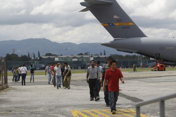 <p>Se supera cifra de deportados. (Foto Prensa Libre: Archivo)</p>