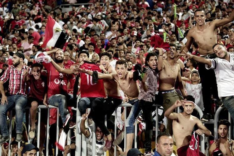 Así celebraron los egipcios su clasificación al mundial de Rusia 2018. (Foto Prensa Libre: Hemeroteca PL)