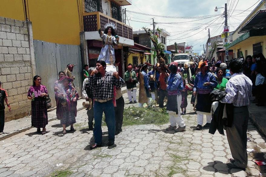 Para el  domingo próximo se espera la visita de miles de católicos de distintas partes del país a Patzún, Chimaltenango, en donde se celebra el Corpus Christi. (Foto Prensa Libre: José Rosales)