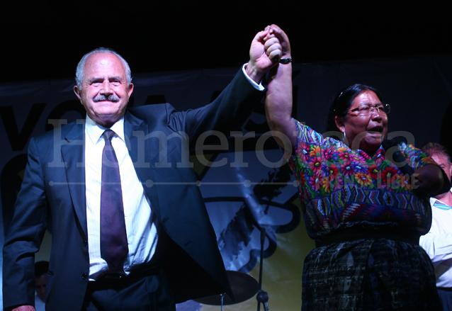 Eduardo Suger y Laura Reyes cerraron campaña en el Parque de la Industria. (Foto: Hemeroteca PL)