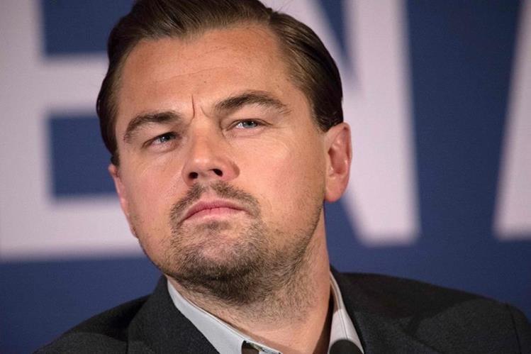 Para sorpresa del actor estadounidense, en Rusia hay un hombre muy parecido a él. (Foto Prensa Libre: AFP)