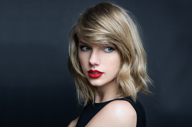 Taylor Swift anda de amores con el actor Tom Hiddleston. (Foto Prensa Libre: internet)