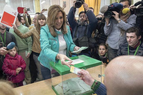 La presidenta andaluza y candidata socialista a la presidencia de la Junta, Susana Díaz, ha ejercido su derecho al voto. (Foto Prensa Libre:EFE)