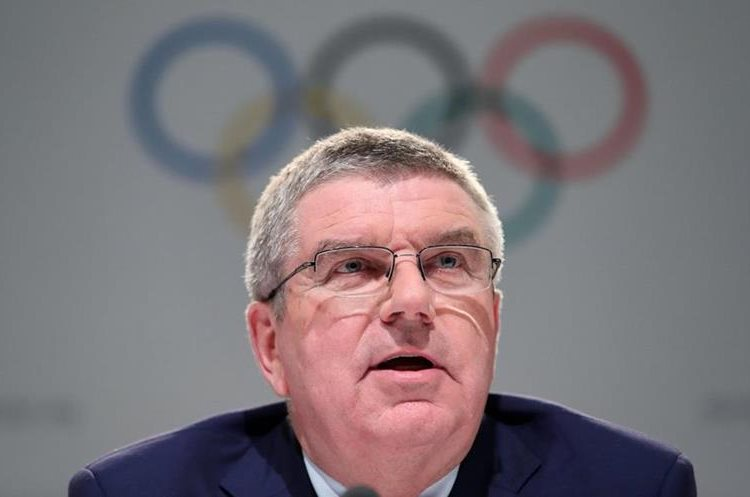 El presidente del Comité Olímpico Internacional (COI), Thomas Bach, se solidarizó de las victimas de los huracanes. (Foto Prensa Libre: EFE).