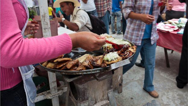 La cúrcuma no parece desentonar con la explosión de sabores y colores de la comida latinoamericana. (GETTY IMAGES)
