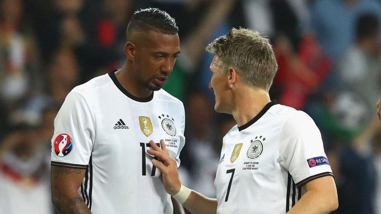 Boateng dijo que estaría dispuesto a suceder a Schweinsteiger como capitán de Alemania. (Foto Prensa Libre: Hemeroteca)