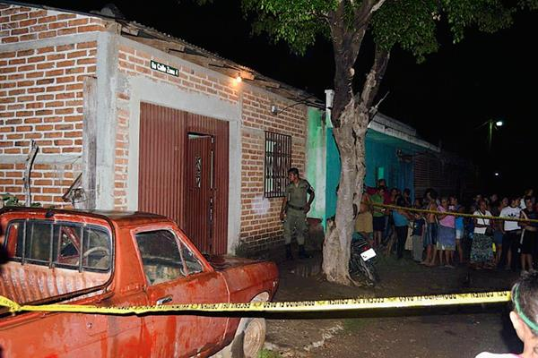 Vivienda donde fue muerto a balazos César Augusto López, en Asunción Mita, Jutiapa. (Foto Prensa Libre: Óscar González)
