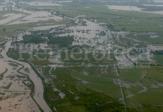 Las inundaciones por la crecida de ríos ante la tormenta Stan en 2005 dejaron millonarias pérdidas en la agricultura. (Foto: Hemeroteca PL)