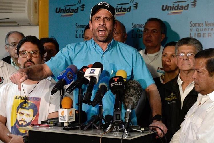 El opositor Henrique Capriles es uno de los señalados de haber recibido sobornos. (Foto Prensa Libre: AFP)
