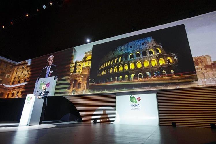 El presidente de la candidatura olímpica de Roma 2024, Luca Cordero di Montezemolo, interviene durante la presentación de la candidatura en Roma. (Foto Prensa Libre: EFE)