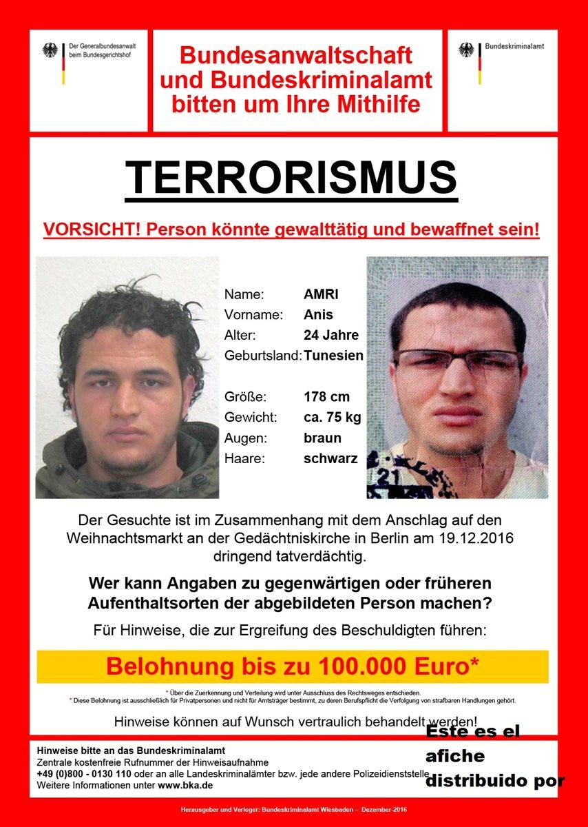Este es el afiche distribuido por las autoridades alemanas en donde se ve las posibles apariencias del sospechoso. (Foto Prensa Libre: AFP).