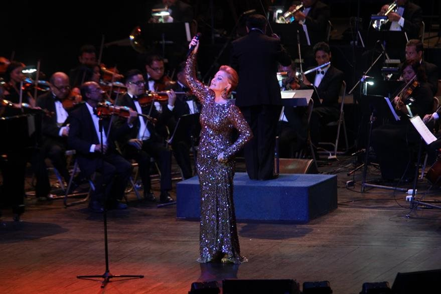 La españ–ola se presentó junto a la Orquesta Sinfónica de Conciertos. (Foto Prensa Libre: Estuardo Paredes)