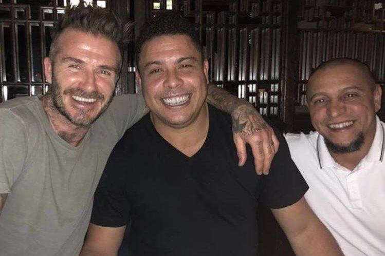 Beckham, Ronaldo y Roberto Carlos mantiene la gran amistad conseguida en el Real Madrid. (Foto Redes).