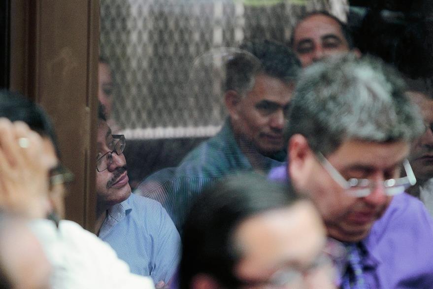 Omar Franco y Carlos Muñoz, jefe y ex jefe de la SAT enfrentan cargos por supuestamente liderar La Línea. (Foto Prensa Libre: Hemeroteca PL)