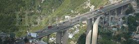 Foto aérea del Puente del Incienso que conecta la zona 7 con el centro de la ciudad. (Foto: Hemeroteca PL)