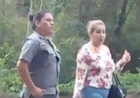 Stalling visitó a su hijo Otto Molina en la cárcel de Mariscal Zavala, según una denuncia.