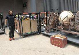 Ricardo Arjona comenzó su gira Circo Soledad en Toluca, México.