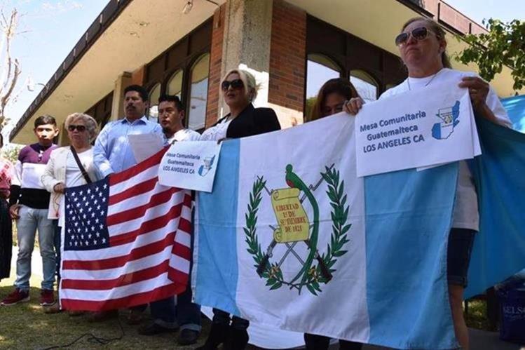 La falta de una estrategia clara se evidencia por la falta de pasaportes, una Conamigua sin cabeza y una ley migratoria varada. (Foto Prensa Libre: Hemeroteca PL)
