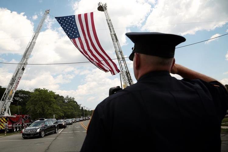 La muerte de uniformados ha estado en el foco de atención en EE. UU. durante las últimas semanas.(Foto Prensa Libre: AP).
