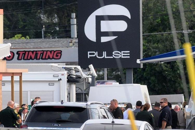 Masacre en bar gay de Orlando, Florida, es condenado por varios países. (Foto Prensa Libre: AP)