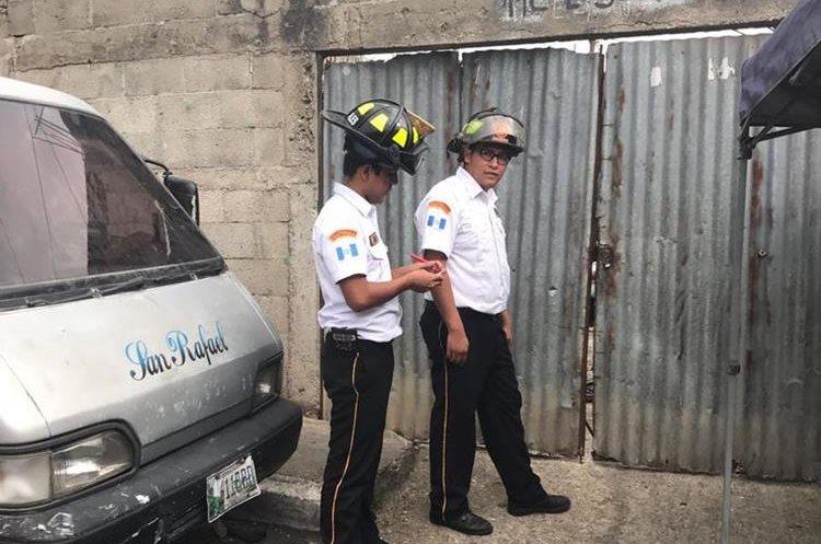 Fachada del taller donde se encontraban las víctimas. Foto Prensa Libre: Bomberos Voluntarios.