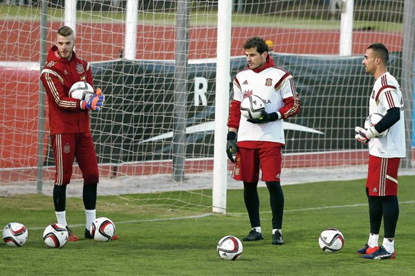 David De Gea será titular en el amistoso contra Holabnda. (Foto Prensa Libre: EFE).