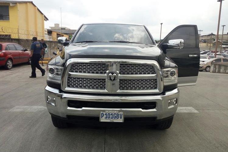 Un picop Dodge Ram 2500 es parte del lote de vehículos inmovilizados a Juan Carlos Monzón. (Foto Prensa Libre: MP)