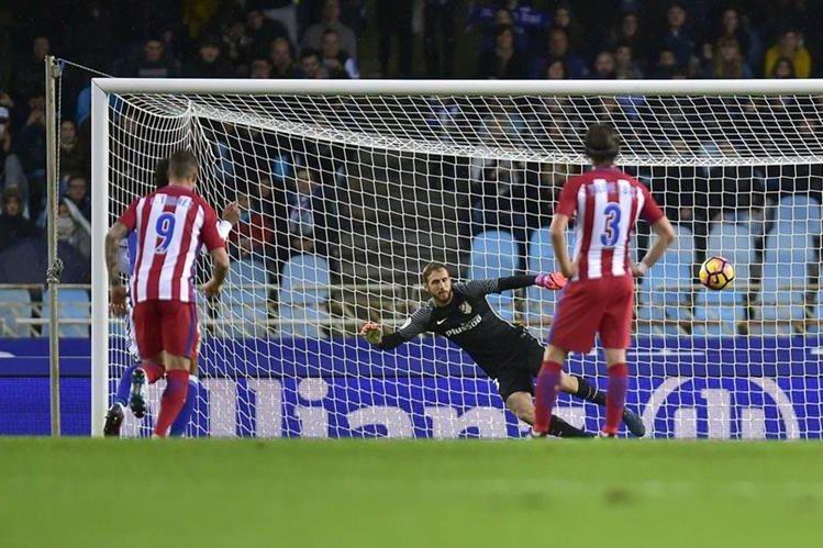 La Real Sociedad se impuso al Atlético de Madrid el fin de semana pasado. (Foto Prensa Libre: AP)