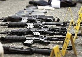 La destrucción de armamento el año pasado le llevó 45 días al personal de Digecam, pues solo cuentan con dos máquinas cortadoras. (Foto Prensa Libre: Hemeroteca PL)