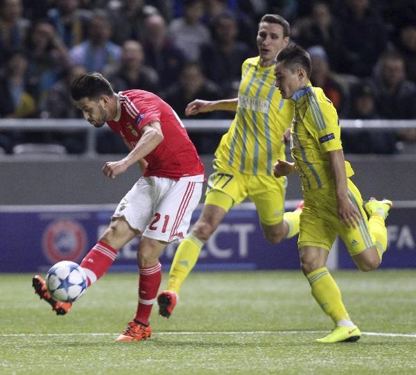 El Benfica sumó un buen punto en su visita a Kazajistán. (Foto Prensa Libre: EFE)