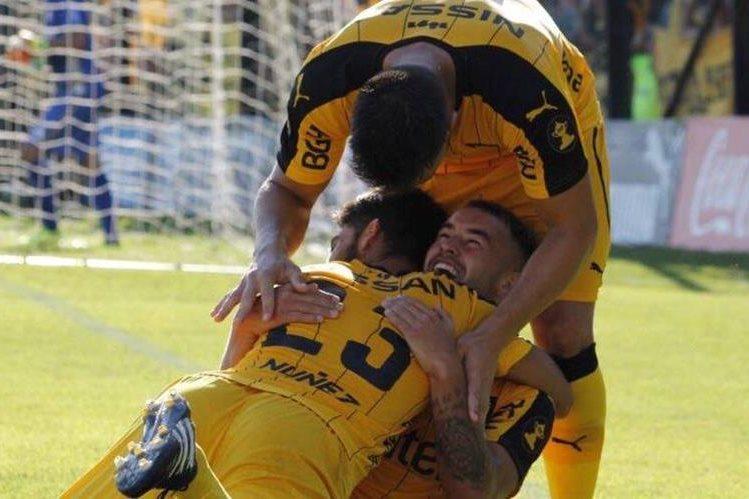 Peñarol tiene en sus filas al exjugador del Atlético de Madrid, Cristian Rodríguez. (Foto Prensa Libre: Club Atlético Peñarol)