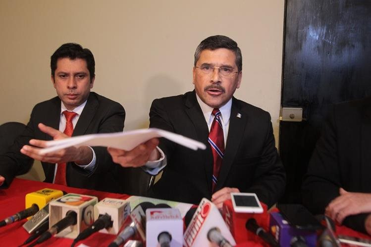El Ministerio Público analizaba pedir la captura del ex vicepresidenciable del partido Líder. (Foto Prensa Libre: Hemeroteca PL)