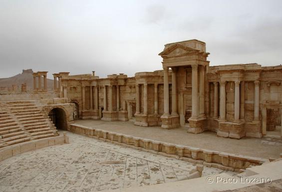 Vista central de la histórica ciudad de Palmira en Siria, tomada este miércoles por el Estado Islámico. (Foto Prensa Libre: Internet).