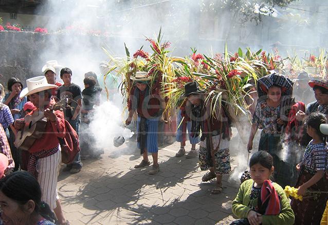 Los matraqueros viajan a recolectar frutas a Chicacao. (Foto: Hemeroteca PL)
