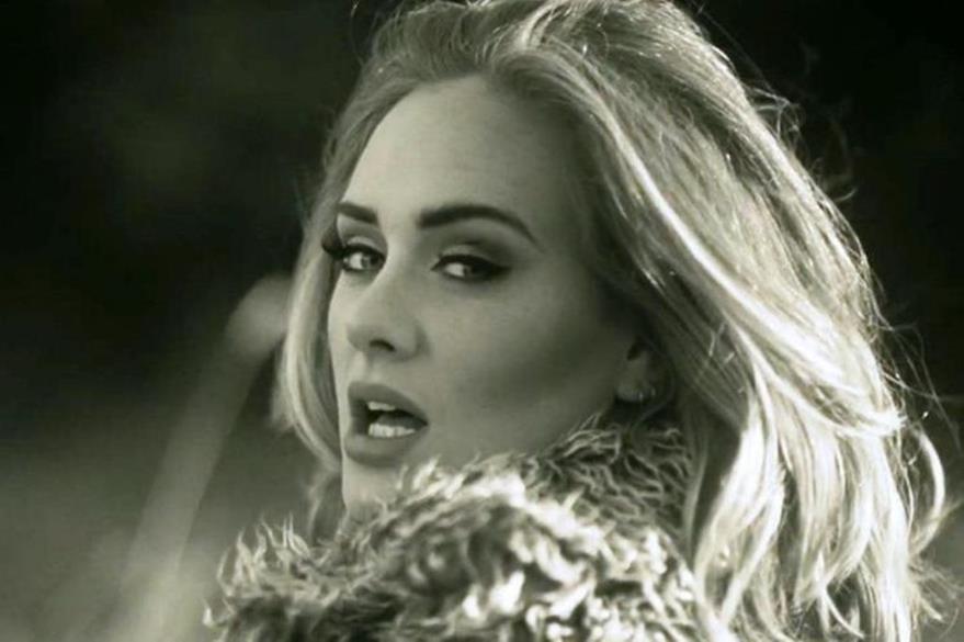 Adele sigue conquistando seguidores con su álbum 25. (Foto Prensa Libre: Hemeroteca PL)