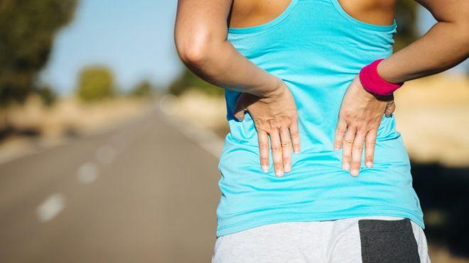 El dolor en la espalda se puede aliviar si haces un nivel normal de ejercicio. Sin embargo muchas personas temen sufrir un dolor mayor. (THINKSTOCK)