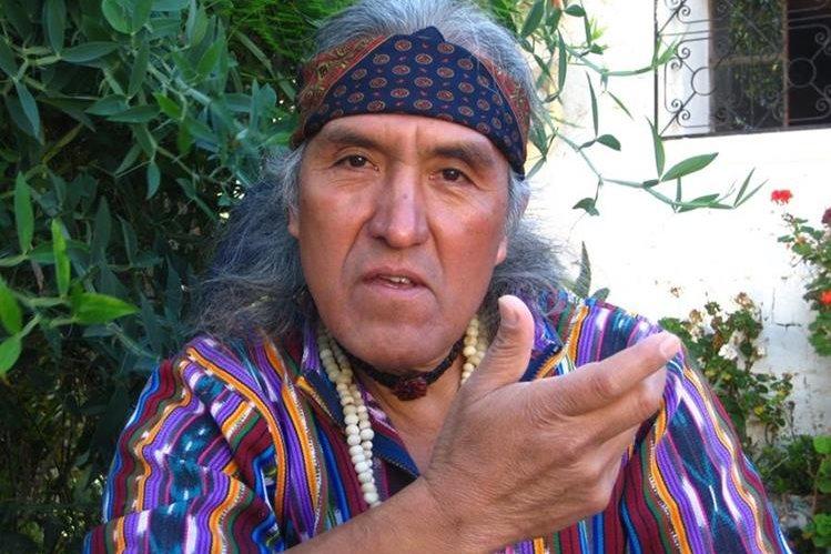 El poeta Humberto Ak'abal reflexióna en sus letras y regala poesía pura. (Foto Prensa Libre: Hemeroteca PL)