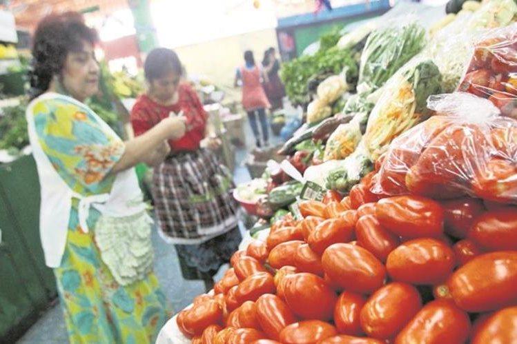 El tomate es uno de los productos que más ha subido. (Foto Prensa Libre: Hemeroteca PL)