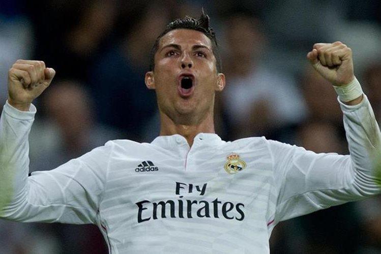 El portugués Cristiano Ronaldo pasará el fin de año en la ciudad de Marrakech al sur de Marruecos con su compañero de equipo Karim Benzema. (Foto Prensa Libre: Hemeroteca)